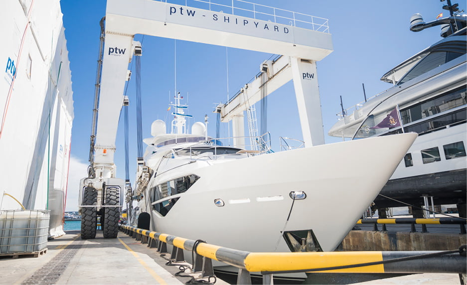 MCGS A54A0752 10 best practices for a successful superyacht refit