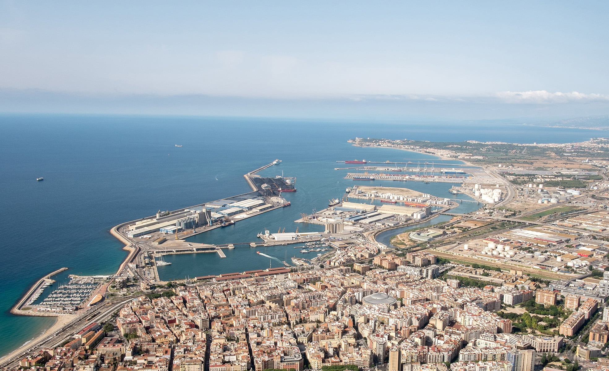Tarragona vista aerea Fairwinds future for Shipyards on the Catalan Coast